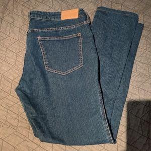 SQUIN size 32 low waist slim leg skinny jeans